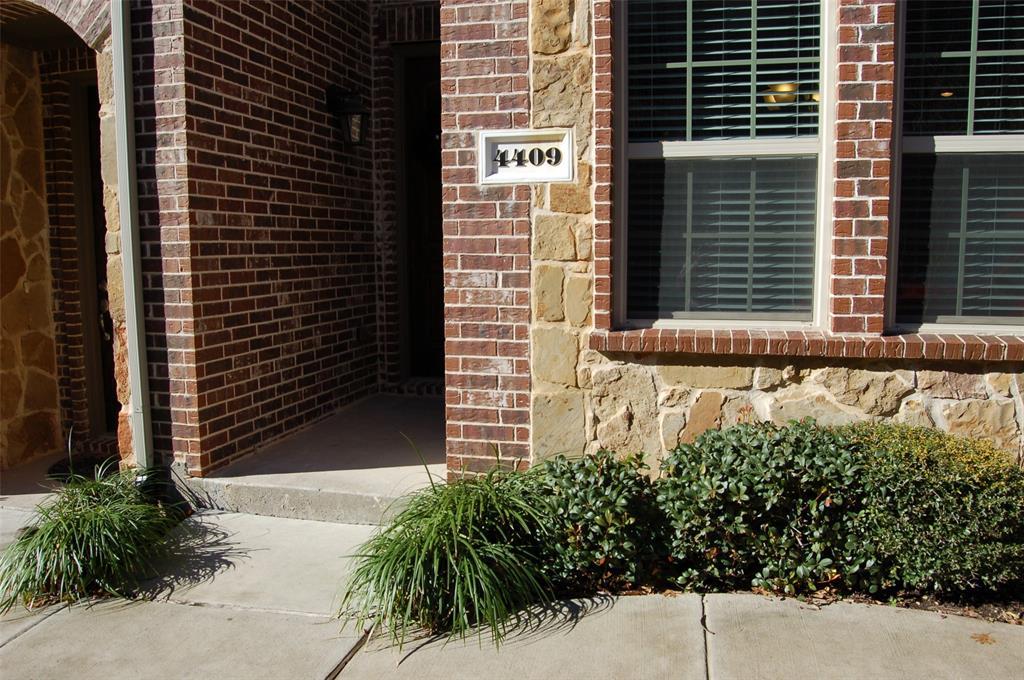4409 Fisk  Lane, Carrollton, Texas 75010 - acquisto real estate best realtor dallas texas linda miller agent for cultural buyers