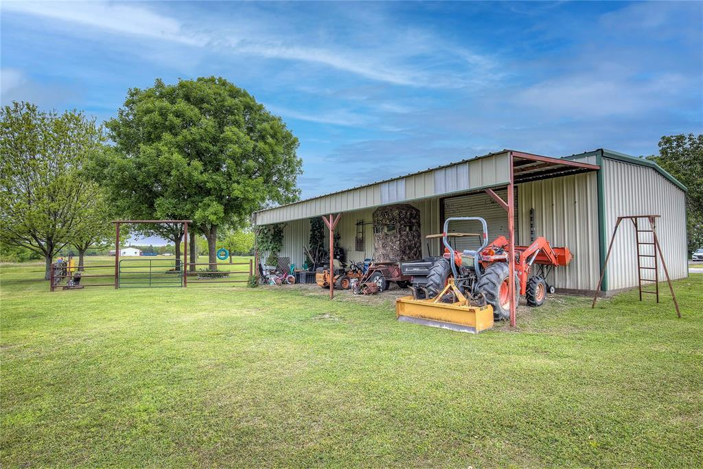 3956 County Road 3401  Lone Oak, Texas 75453 - acquisto real estate best new home sales realtor linda miller executor real estate