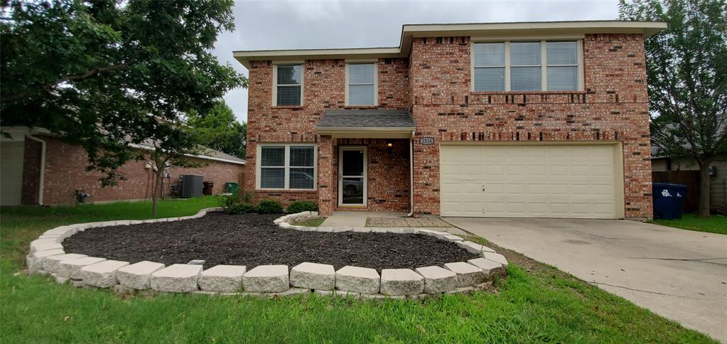 2324 Lookout  Lane, Denton, Texas 76207 - Acquisto Real Estate best plano realtor mike Shepherd home owners association expert