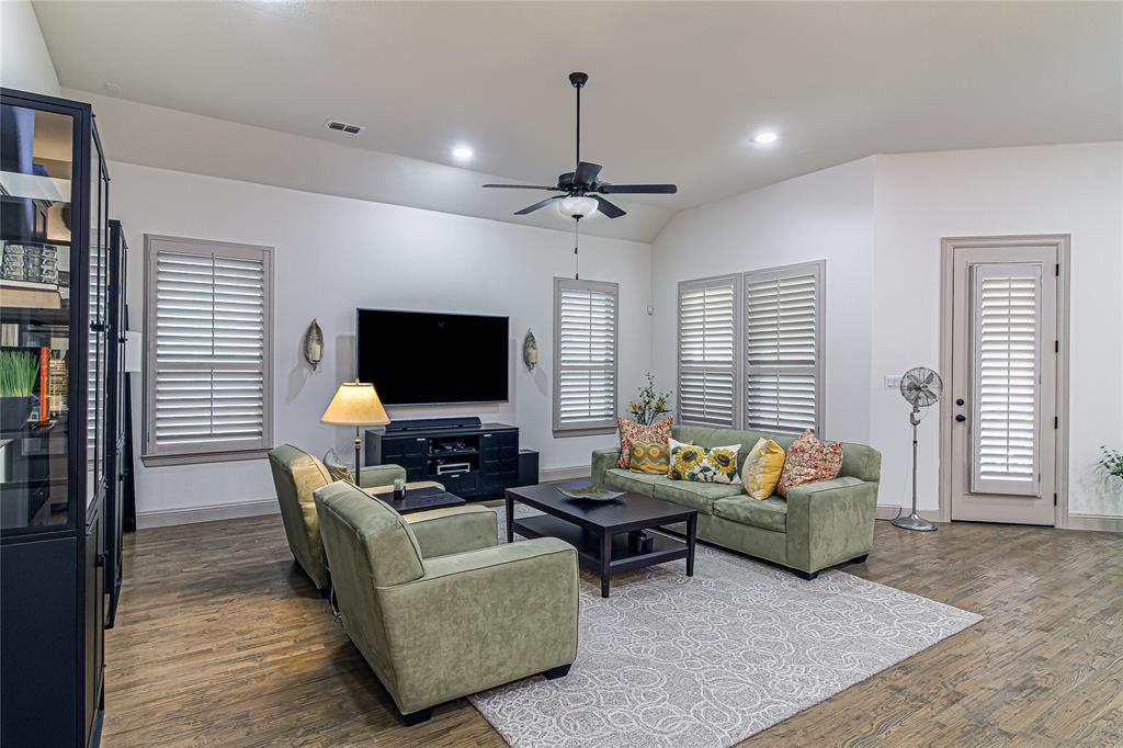 5613 Port Vale  Drive, McKinney, Texas 75071 - acquisto real estate best style realtor kim miller best real estate reviews dfw