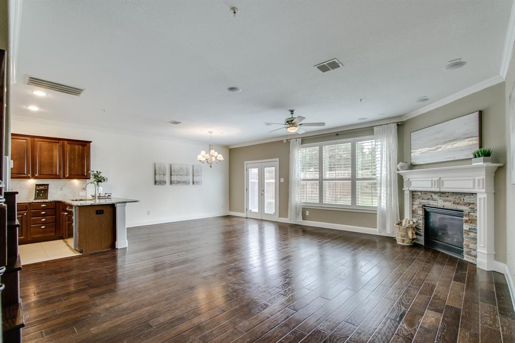 385 Busher  Drive, Lewisville, Texas 75067 - acquisto real estate best prosper realtor susan cancemi windfarms realtor