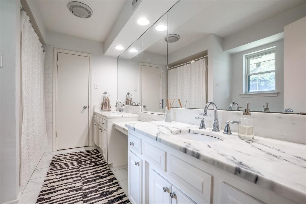 4240 Glenaire  Drive, Dallas, Texas 75229 - acquisto real estate best realtor westlake susan cancemi kind realtor of the year