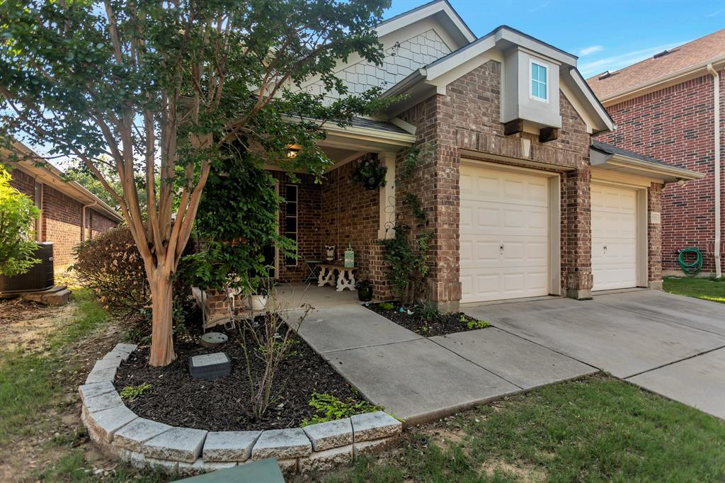 531 Kirby  Drive, Argyle, Texas 76226 - Acquisto Real Estate best plano realtor mike Shepherd home owners association expert
