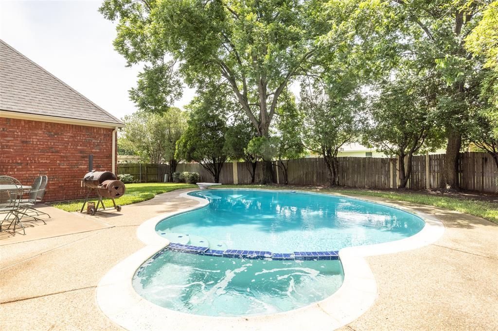3104 Willow Creek  Way, Bedford, Texas 76021 - acquisto real estate mvp award real estate logan lawrence