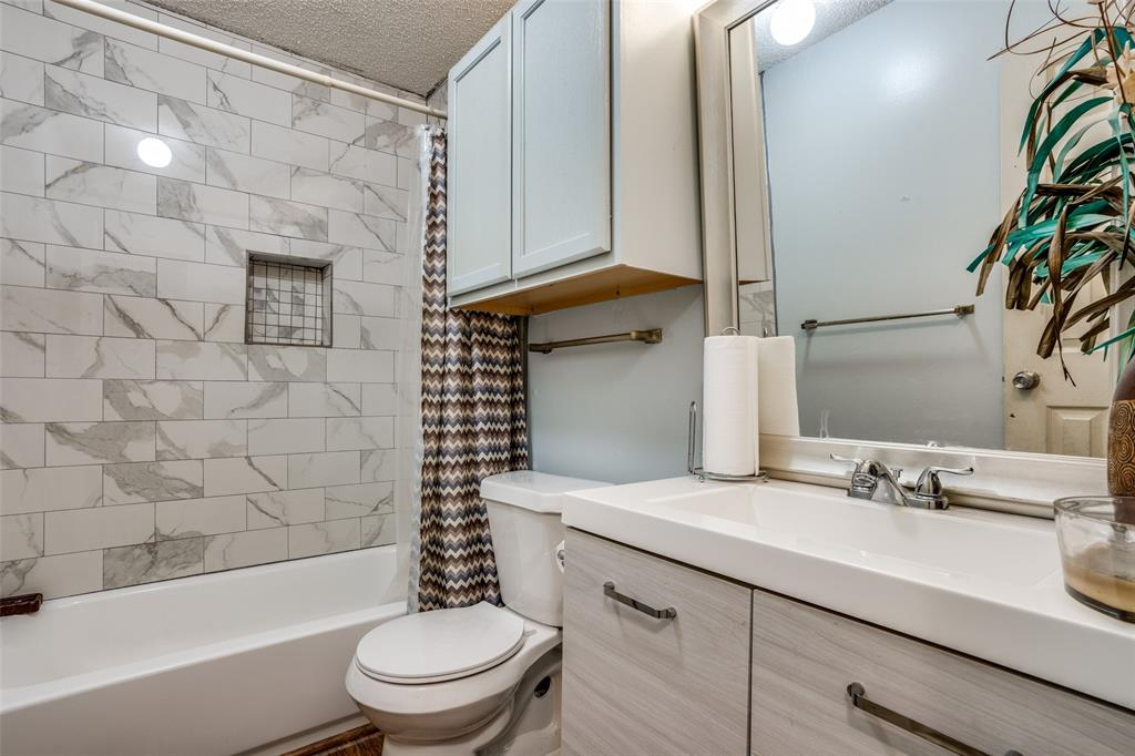 3016 Eastland  Avenue, Greenville, Texas 75402 - acquisto real estate best designer and realtor hannah ewing kind realtor