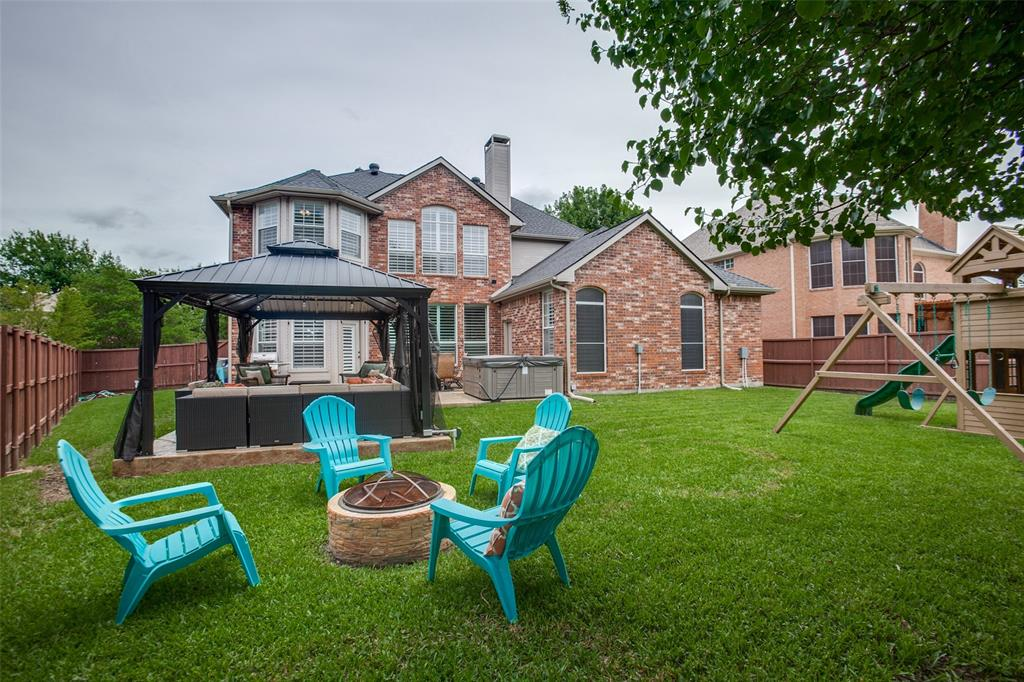 1516 Hunters Creek  Drive, McKinney, Texas 75072 - acquisto real estate best realtor dfw jody daley liberty high school realtor