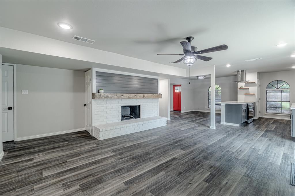 6221 Glenmoor  Drive, Garland, Texas 75043 - acquisto real estate best designer and realtor hannah ewing kind realtor