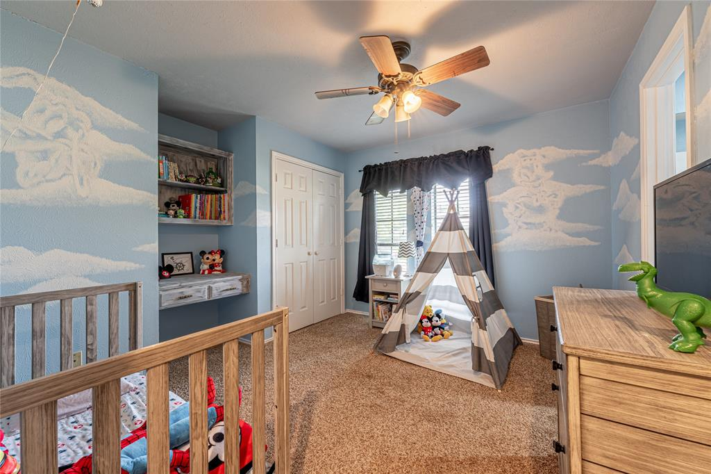 1906 Dover  Drive, Rowlett, Texas 75088 - acquisto real estate best photos for luxury listings amy gasperini quick sale real estate