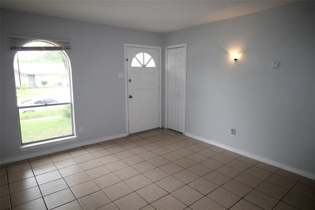 1019 Westwood  Drive, Lewisville, Texas 75067 - acquisto real estate best allen realtor kim miller hunters creek expert