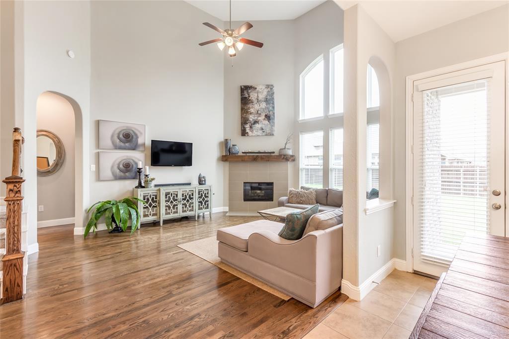 2425 Kingsgate  Drive, Little Elm, Texas 75068 - acquisto real estate best style realtor kim miller best real estate reviews dfw