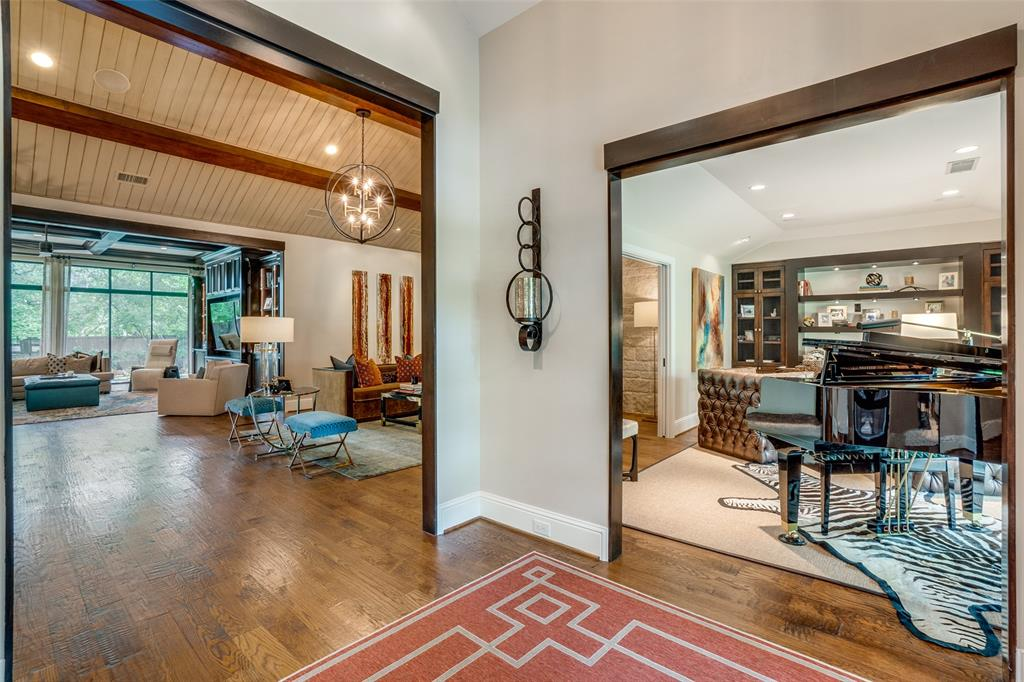 11232 Russwood  Circle, Dallas, Texas 75229 - acquisto real estate best prosper realtor susan cancemi windfarms realtor