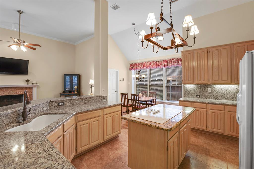 3825 Waterford  Drive, Addison, Texas 75001 - acquisto real estate best listing listing agent in texas shana acquisto rich person realtor
