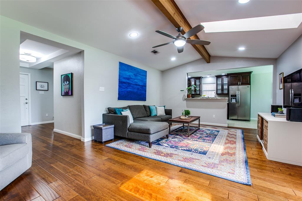 315 Woodcrest  Drive, Richardson, Texas 75080 - acquisto real estate best prosper realtor susan cancemi windfarms realtor