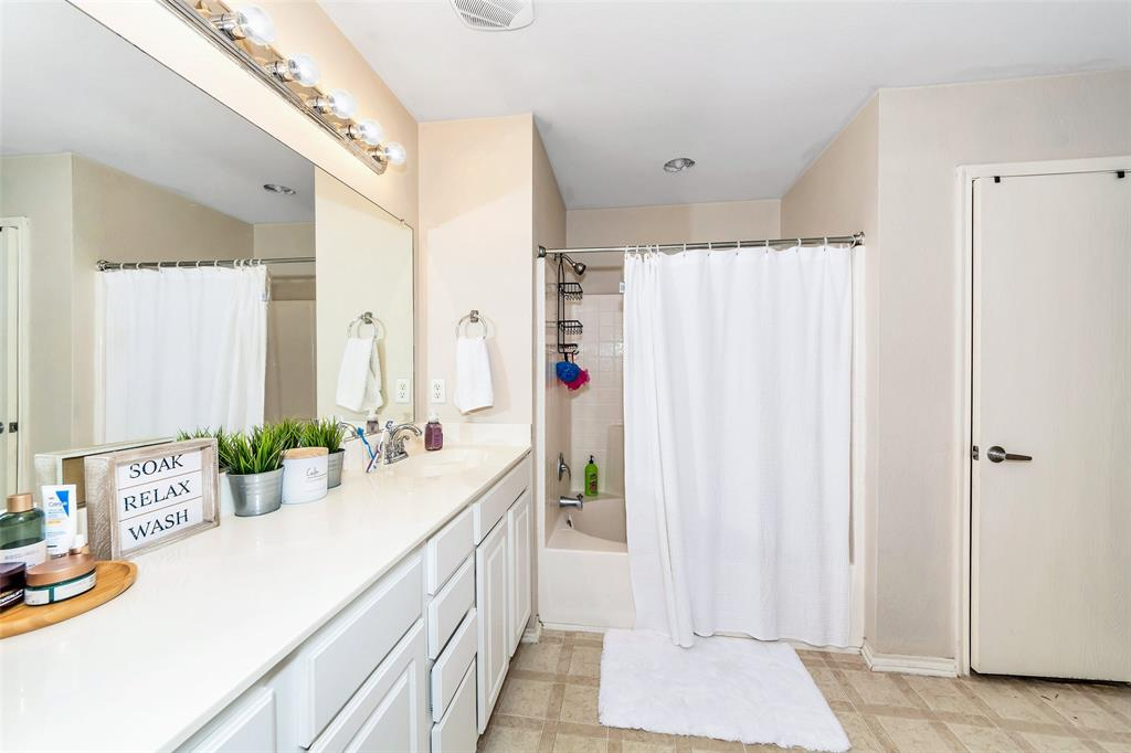 10441 Hideaway  Trail, Fort Worth, Texas 76131 - acquisto real estate best new home sales realtor linda miller executor real estate