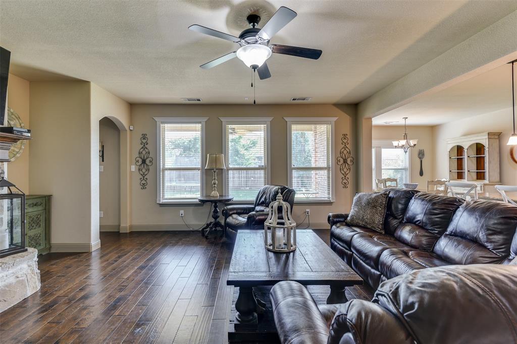 337 Canadian  Lane, Burleson, Texas 76028 - acquisto real estate best celina realtor logan lawrence best dressed realtor