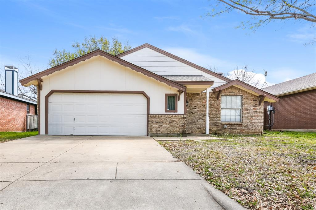 705 Nightingale  Circle, Mansfield, Texas 76063 - Acquisto Real Estate best plano realtor mike Shepherd home owners association expert