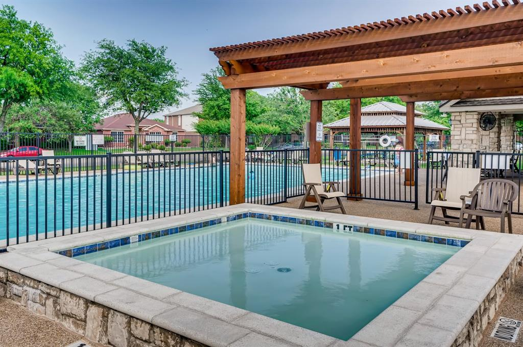 317 Creekview  Drive, Wylie, Texas 75098 - acquisto real estate best realtor dfw jody daley liberty high school realtor
