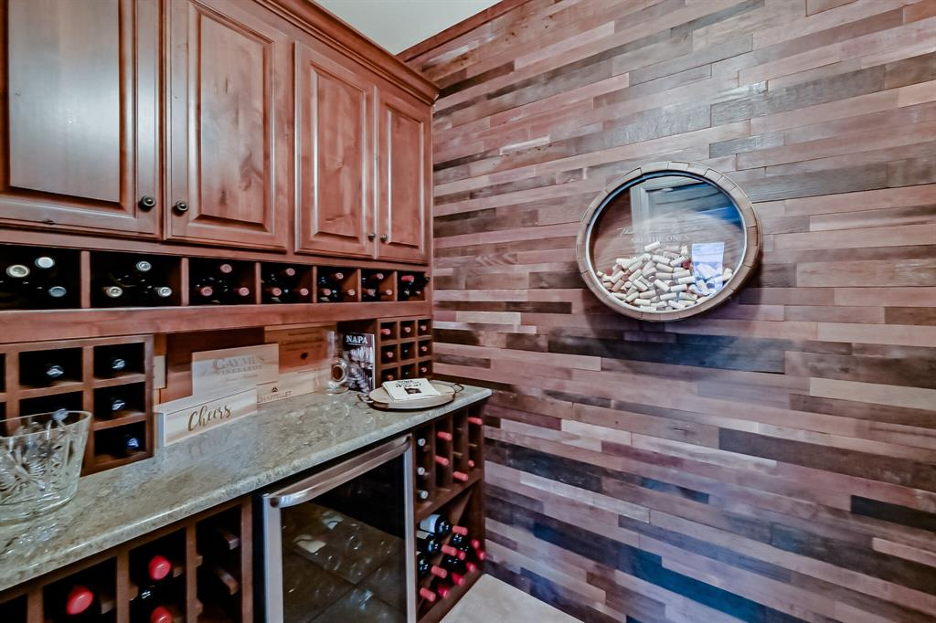 1040 Falcon Creek  Drive, Kennedale, Texas 76060 - acquisto real estate best frisco real estate agent amy gasperini panther creek realtor