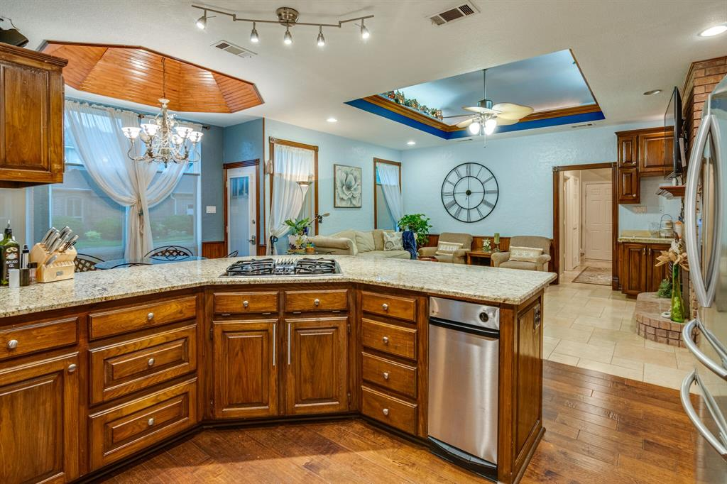 1422 Sweetgum  Circle, Keller, Texas 76248 - acquisto real estate best photos for luxury listings amy gasperini quick sale real estate