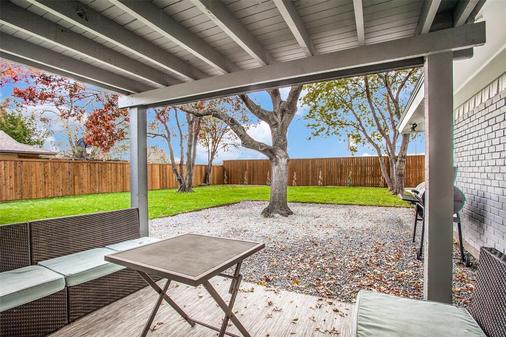 10905 Damon  Lane, Dallas, Texas 75229 - acquisto real estate best realtor foreclosure real estate mike shepeherd walnut grove realtor