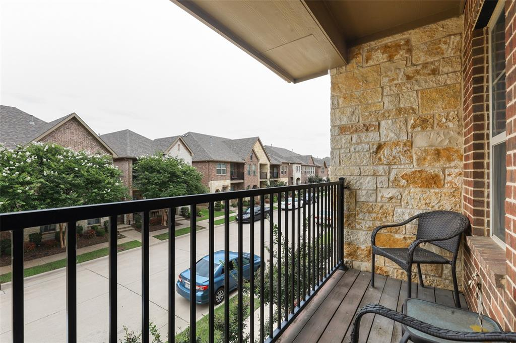 4293 Kiowa  Drive, Carrollton, Texas 75010 - acquisto real estate best photos for luxury listings amy gasperini quick sale real estate