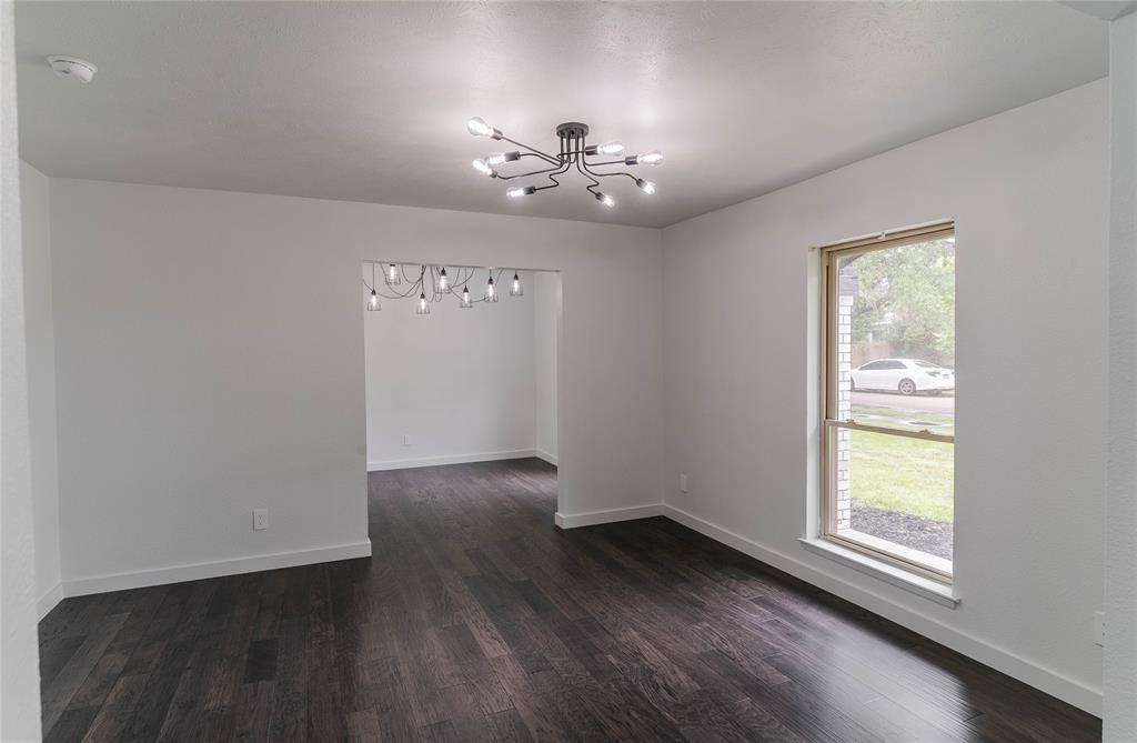 8601 Grumman  Drive, Dallas, Texas 75228 - acquisto real estate best the colony realtor linda miller the bridges real estate