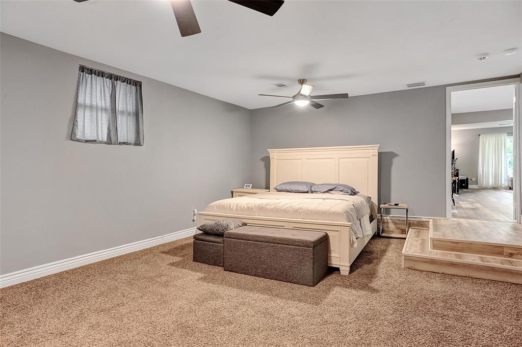 205 Broadway  Street, Whitesboro, Texas 76273 - acquisto real estate best investor home specialist mike shepherd relocation expert