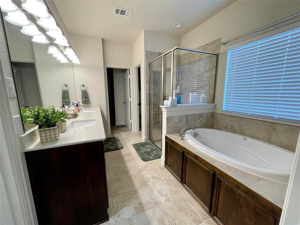 1573 Oasis  Street, Waxahachie, Texas 75165 - acquisto real estate best celina realtor logan lawrence best dressed realtor