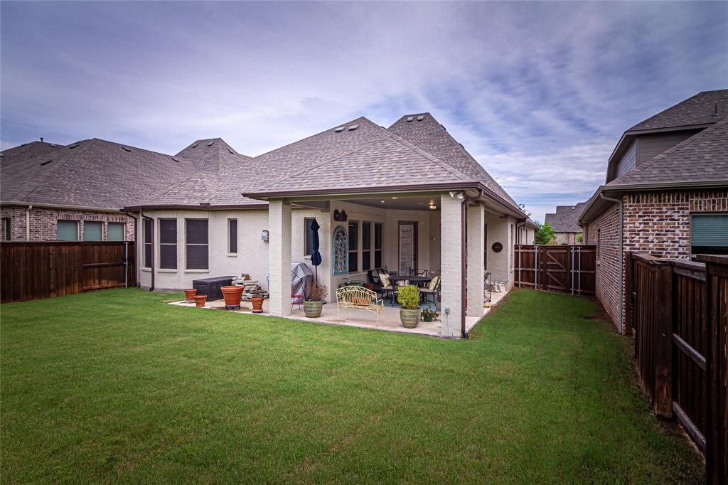 5613 Port Vale  Drive, McKinney, Texas 75071 - acquisto real estate best celina realtor logan lawrence best dressed realtor