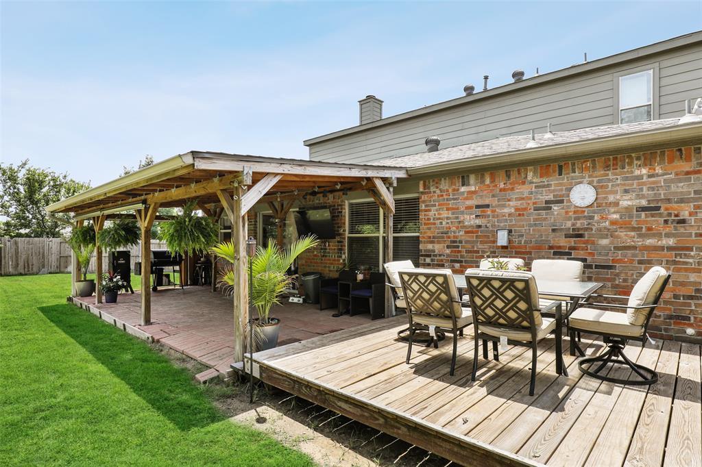2436 Eagle Mountain  Drive, Little Elm, Texas 75068 - acquisto real estate best listing photos hannah ewing mckinney real estate expert