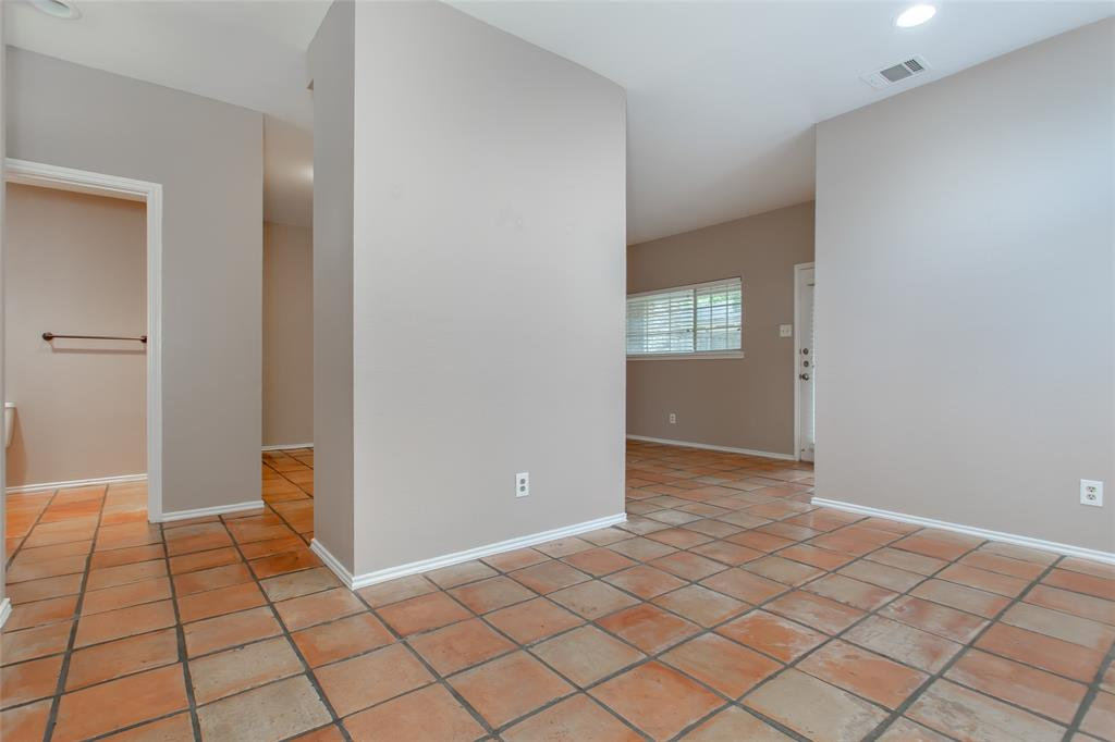 6303 Prospect  Avenue, Dallas, Texas 75214 - acquisto real estate best real estate company in frisco texas real estate showings