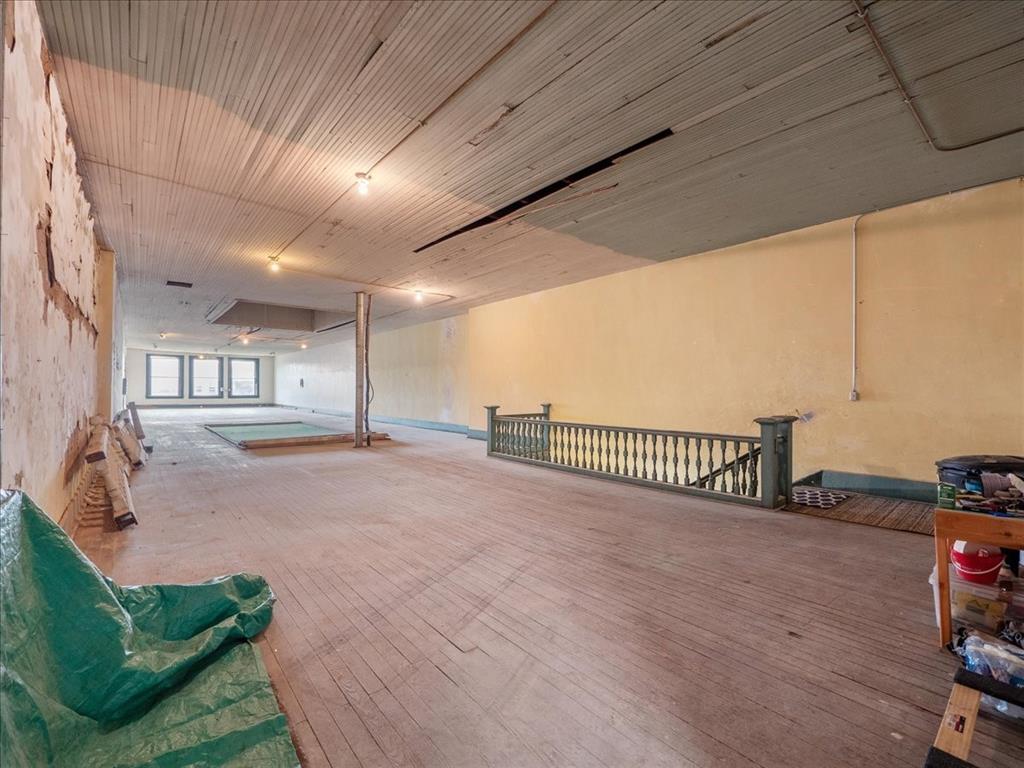114 Beaton  Street, Corsicana, Texas 75110 - acquisto real estate best new home sales realtor linda miller executor real estate