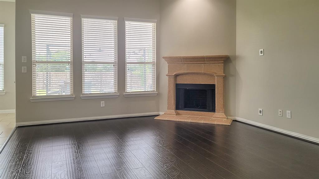 110 Cameron  Fate, Texas 75189 - acquisto real estate best real estate company to work for
