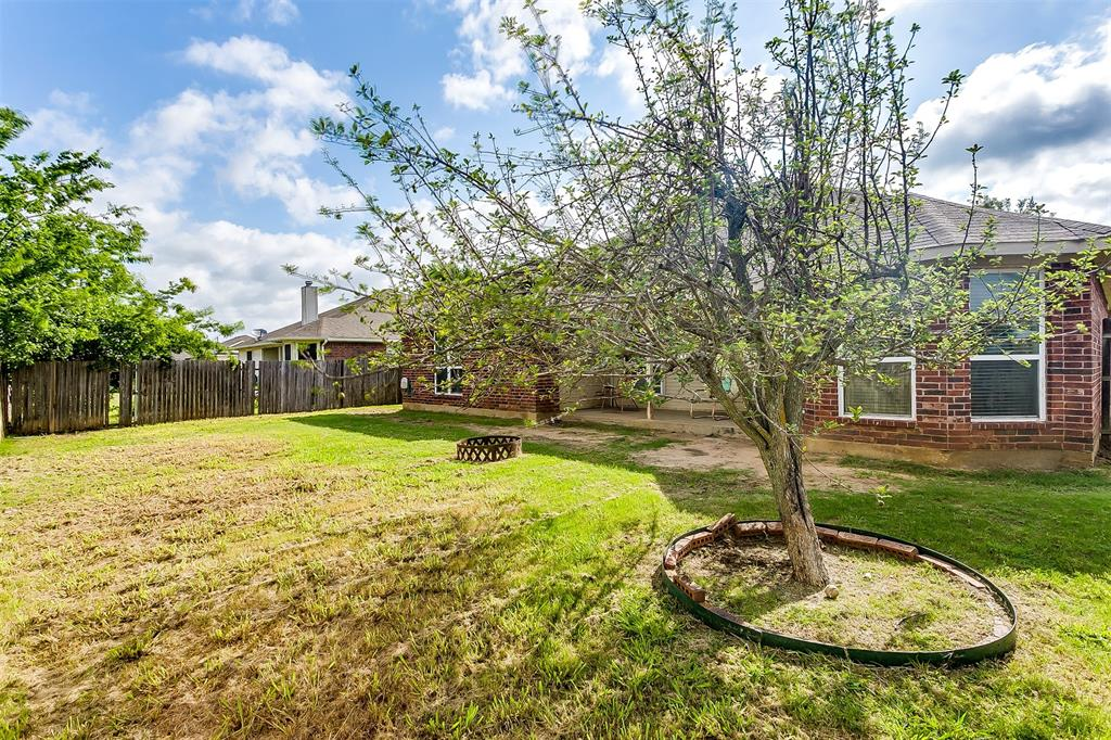 203 Seminole  Trail, Alvarado, Texas 76009 - acquisto real estate best real estate idx dilusso marketing mike acquisto