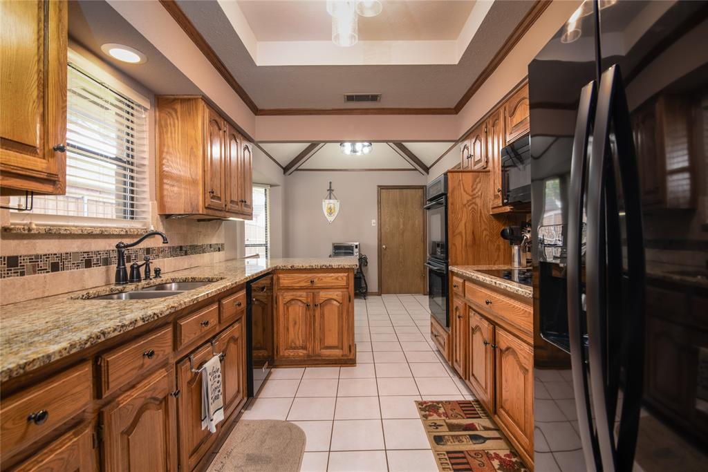 4002 Thornhill  Way, Rowlett, Texas 75088 - acquisto real estate best frisco real estate broker in texas for high net worth buyers