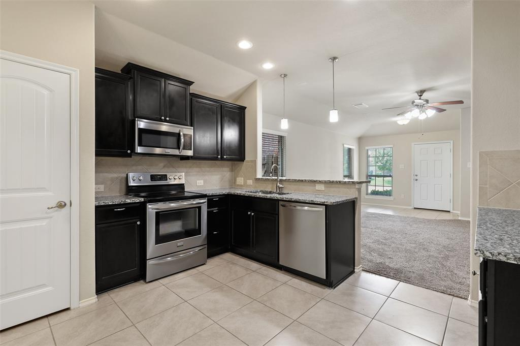 8801 Tenderfoot  Lane, Aubrey, Texas 76227 - acquisto real estate best celina realtor logan lawrence best dressed realtor