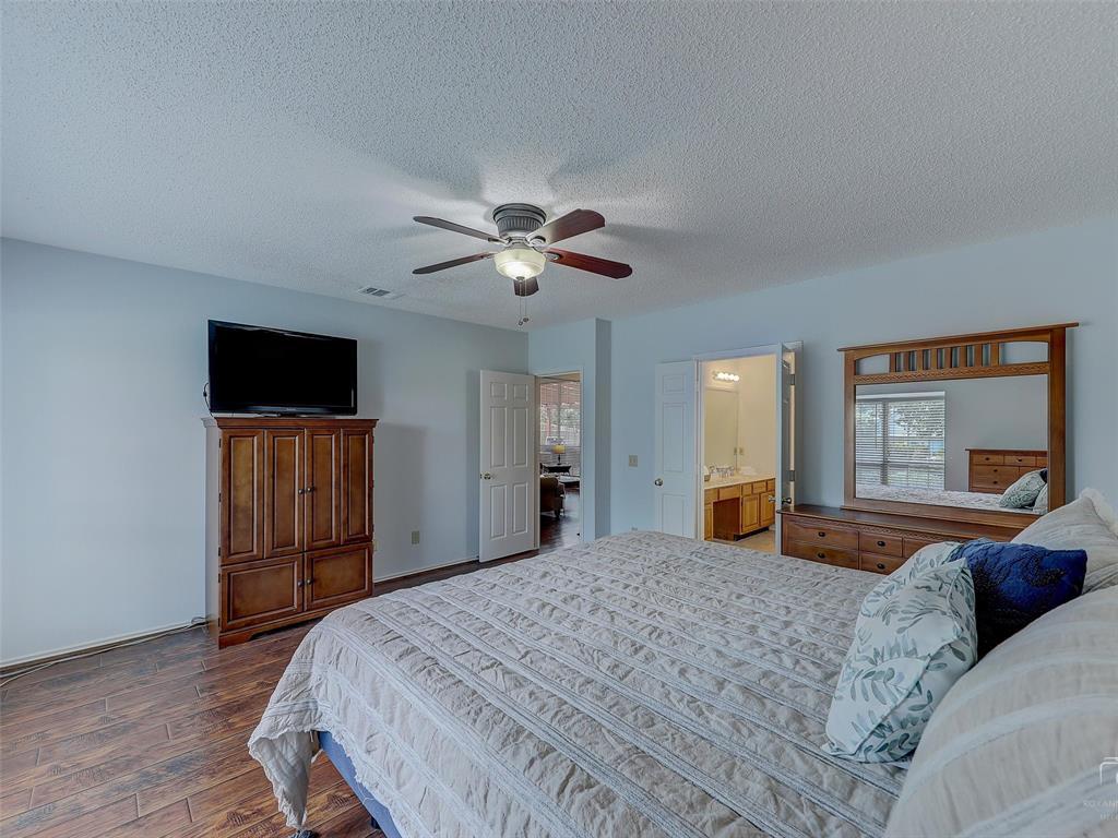 2121 Lansdown  Drive, Carrollton, Texas 75010 - acquisto real estate best realtor westlake susan cancemi kind realtor of the year