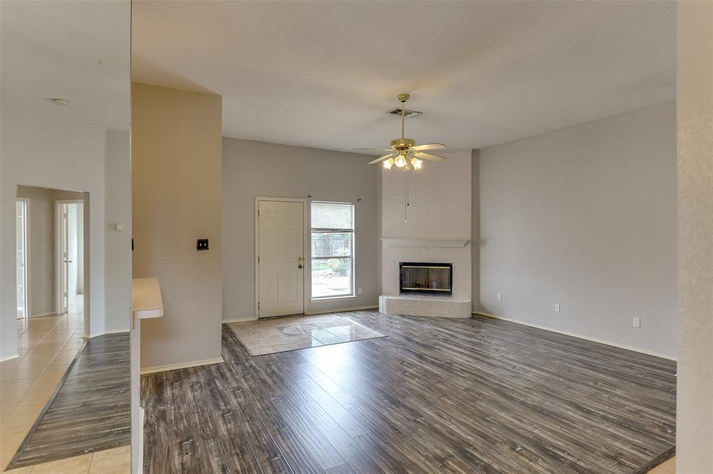 8715 Woodrigg  Drive, Dallas, Texas 75249 - acquisto real estate best prosper realtor susan cancemi windfarms realtor