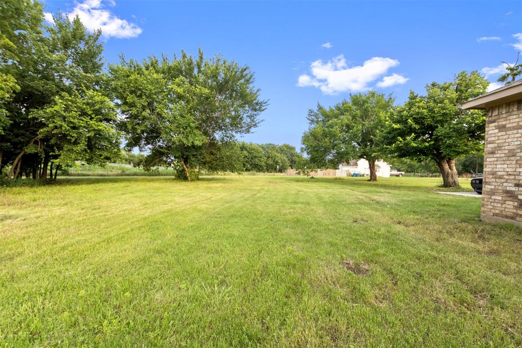201 Bishop  Street, Alvarado, Texas 76009 - acquisto real estate best frisco real estate agent amy gasperini panther creek realtor