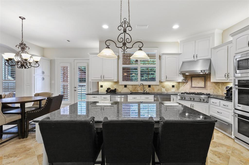 2300 Mockingbird  Lane, Flower Mound, Texas 75022 - acquisto real estate best new home sales realtor linda miller executor real estate
