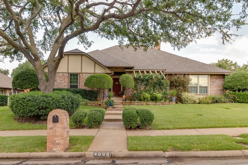 4009 Flintridge  Drive, Irving, Texas 75038 - Acquisto Real Estate best plano realtor mike Shepherd home owners association expert