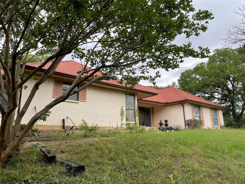 308 Willow Ridge  Court, Fort Worth, Texas 76103 - acquisto real estate best prosper realtor susan cancemi windfarms realtor