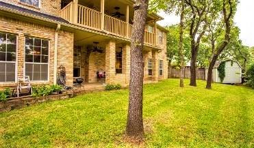 1006 Summit  Court, Burleson, Texas 76028 - acquisto real estate best style realtor kim miller best real estate reviews dfw