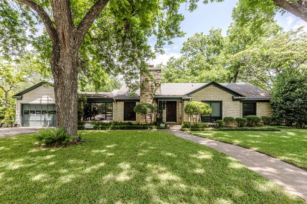 3808 Hills  Circle, Fort Worth, Texas 76109 - Acquisto Real Estate best plano realtor mike Shepherd home owners association expert