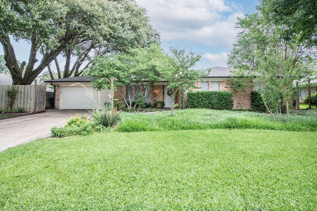 1517 Fernwood  Drive, Plano, Texas 75075 - acquisto real estate smartest realtor in america shana acquisto
