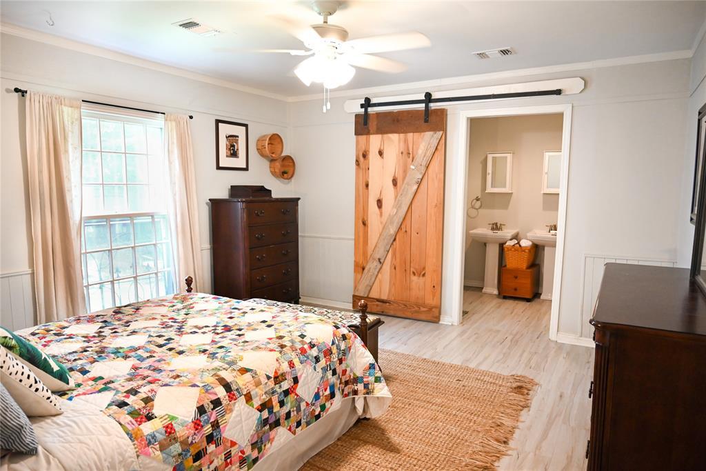136 Umphress  Street, Van Alstyne, Texas 75495 - acquisto real estate best style realtor kim miller best real estate reviews dfw