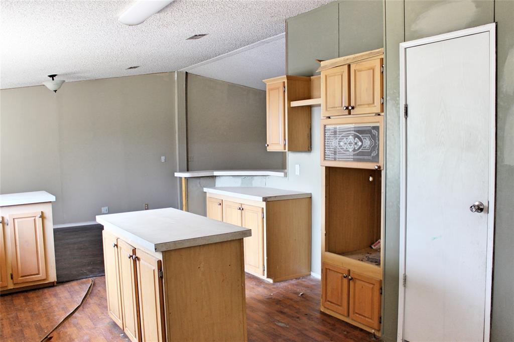 151 Allen  Lane, Jacksboro, Texas 76458 - acquisto real estate best real estate company to work for