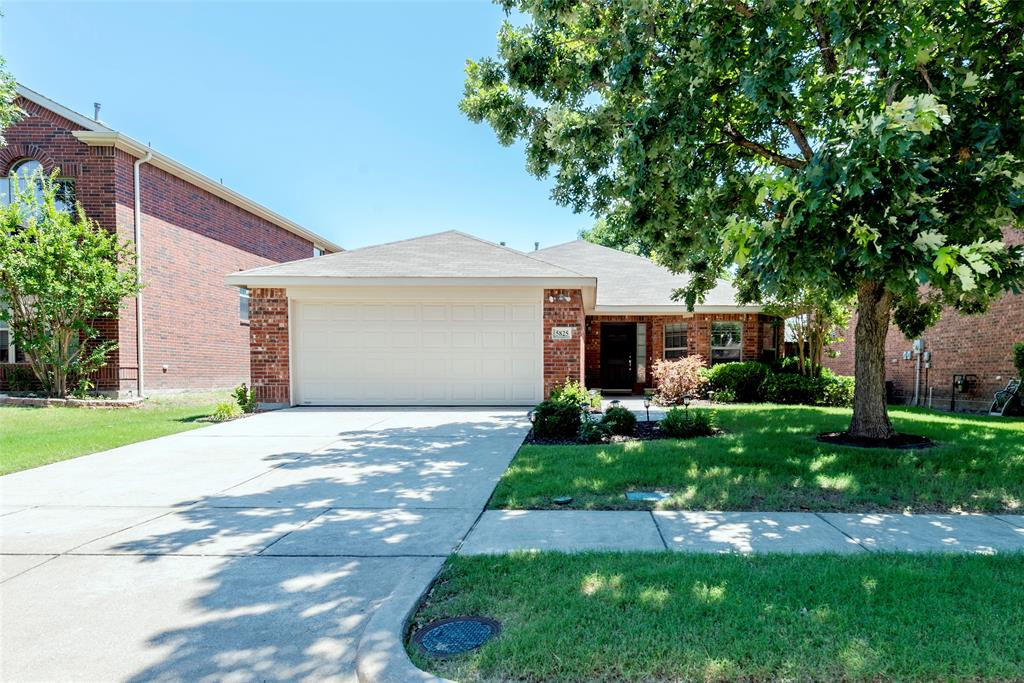 5825 Quicksilver  Drive, McKinney, Texas 75070 - Acquisto Real Estate best plano realtor mike Shepherd home owners association expert