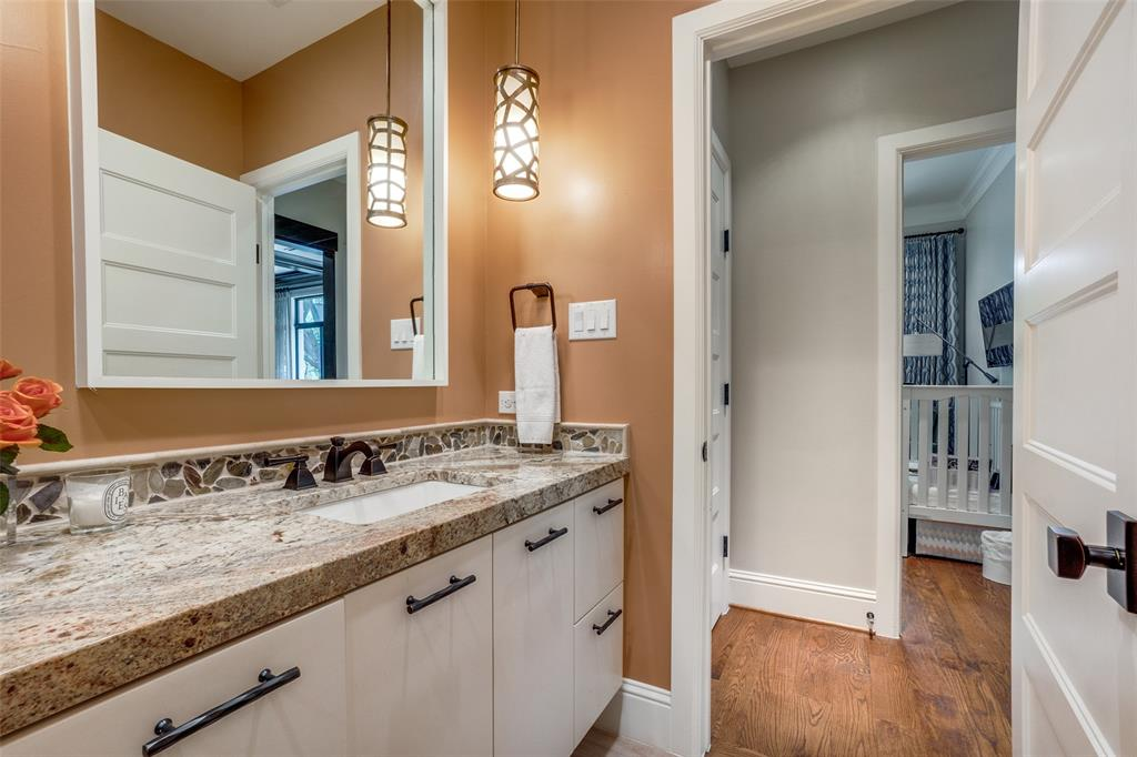 11232 Russwood  Circle, Dallas, Texas 75229 - acquisto real estate best relocation company in america katy mcgillen
