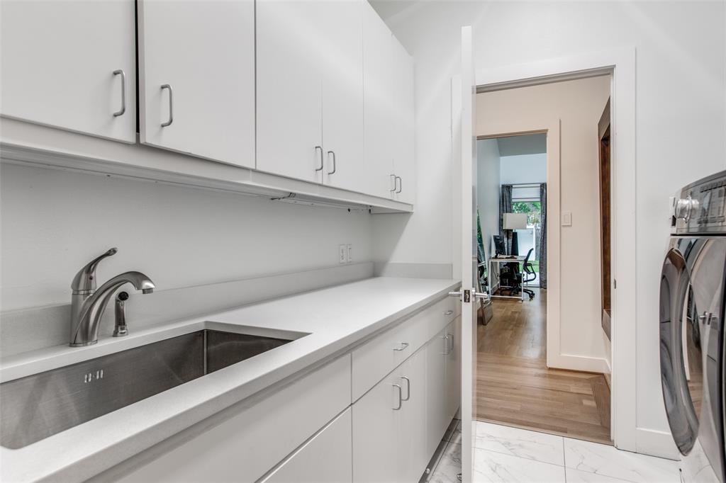 4322 Williamsburg  Road, Dallas, Texas 75220 - acquisto real estate best negotiating realtor linda miller declutter realtor